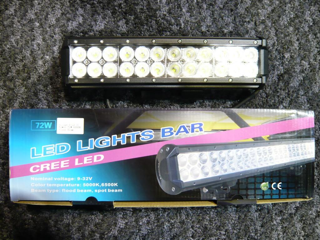 LEDライトバー(黒)