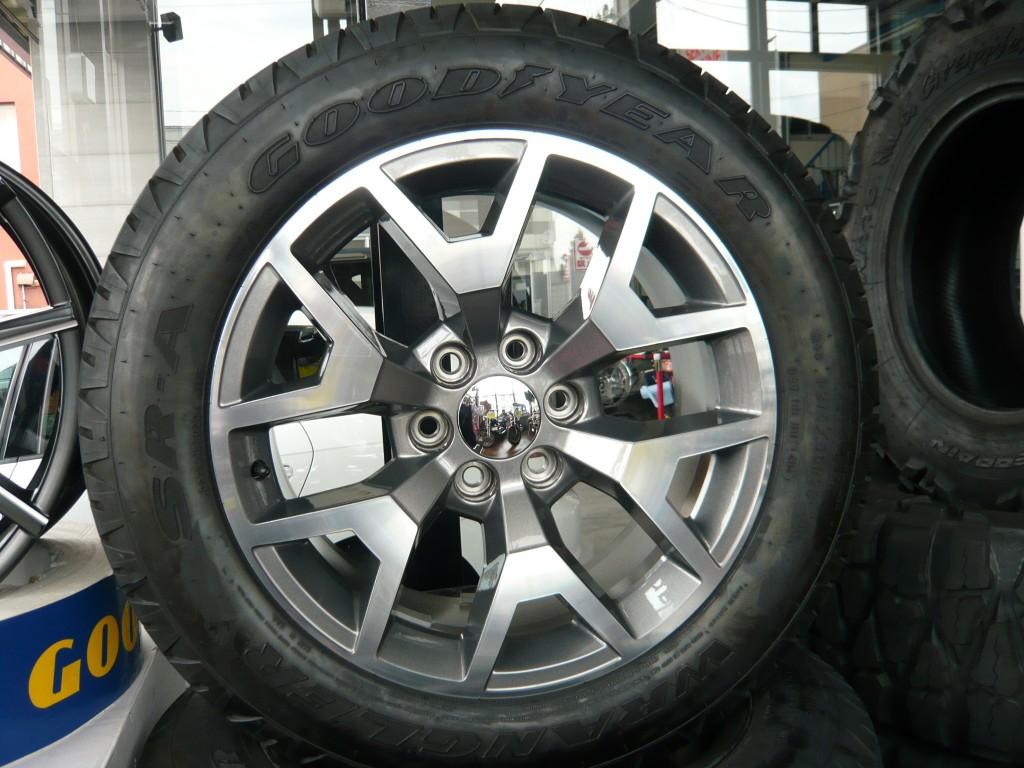 GMCシエラ 純正ホイール タイヤセット 4本セット